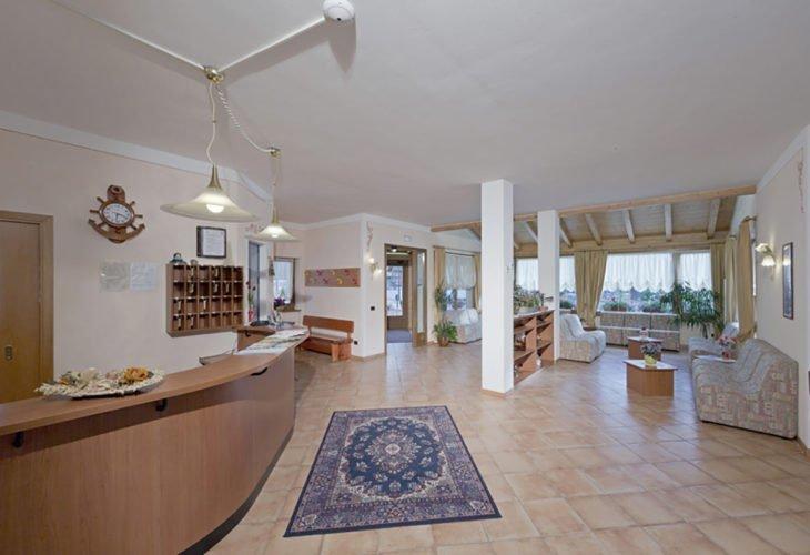 Hall Residence Alba Nova