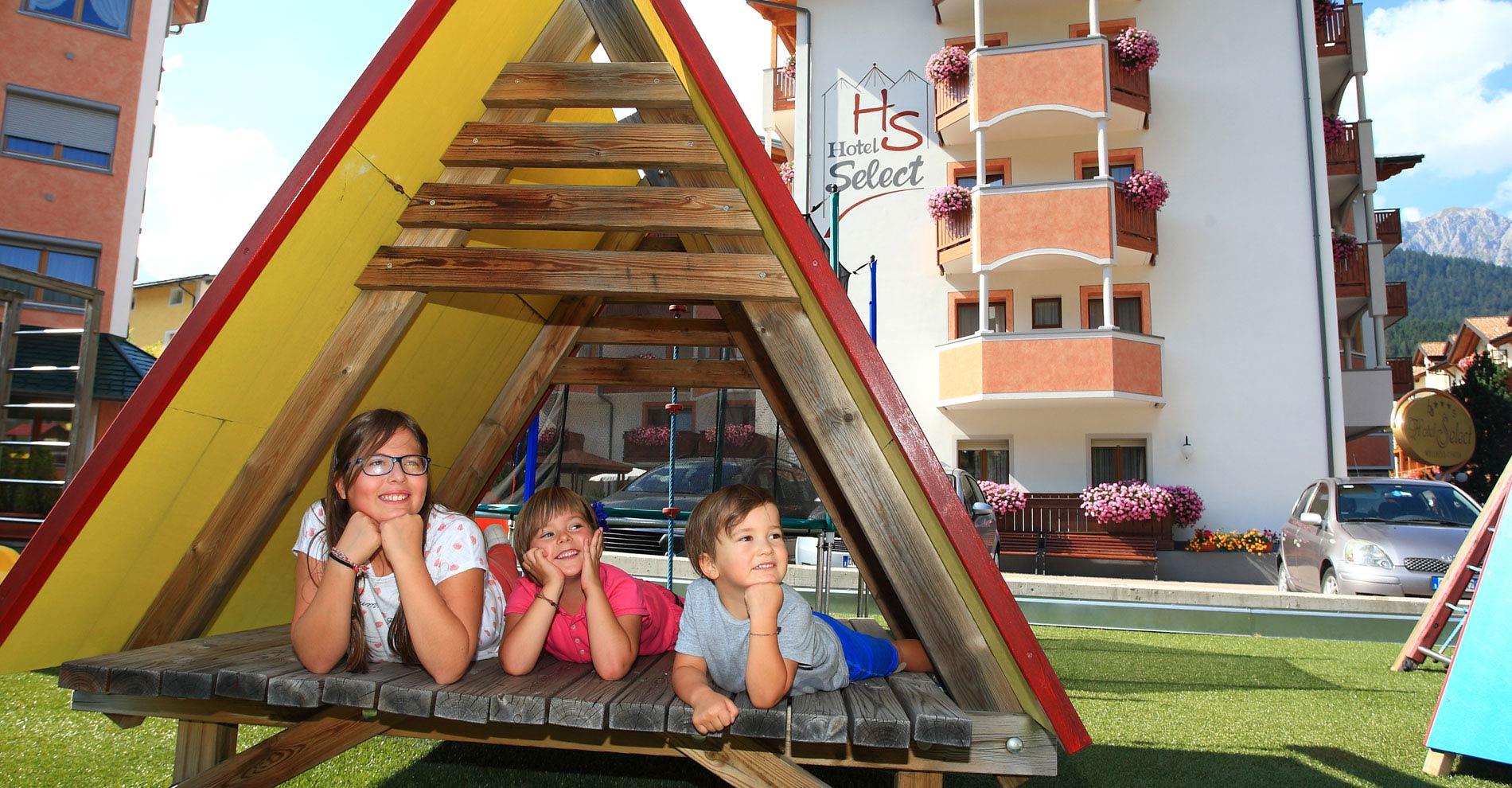 Parco giochi Hotel Select ad Andalo sull'Altopiano della Paganella